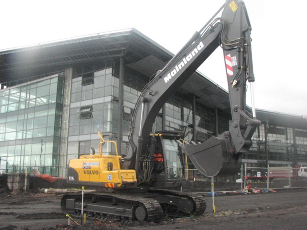mainland-excavator